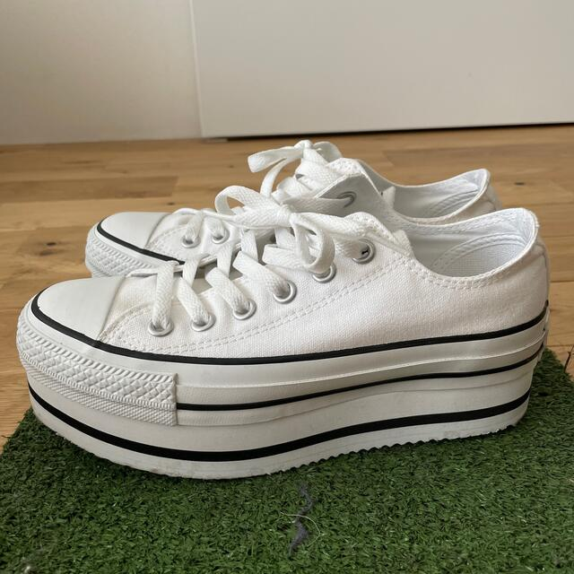 CONVERSE(コンバース)のコンバース*オールスター厚底 ホワイト23.5 レディースの靴/シューズ(スニーカー)の商品写真