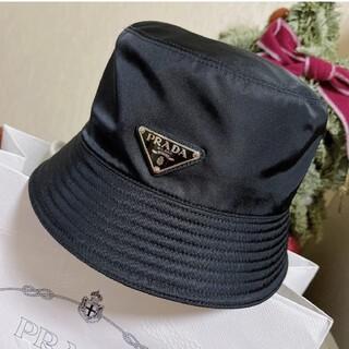 プラダ(PRADA)の人気新品   リバーシブル  プラダ ナイロン ハット 帽子 黒#1(ハット)