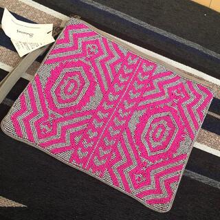 ローズバッド(ROSE BUD)の新品タグ付き スワラージ swaraj ビーズ クラッチバック(クラッチバッグ)