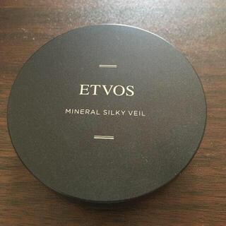 エトヴォス(ETVOS)のETVOSエトヴォス シルキーヴェール2枚パフ付(フェイスパウダー)