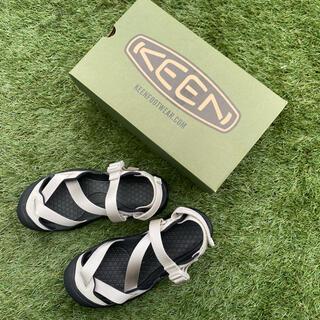 キーン(KEEN)の【新品未使用】KEEN ゼラポート2 シルバー 24.5cm(サンダル)
