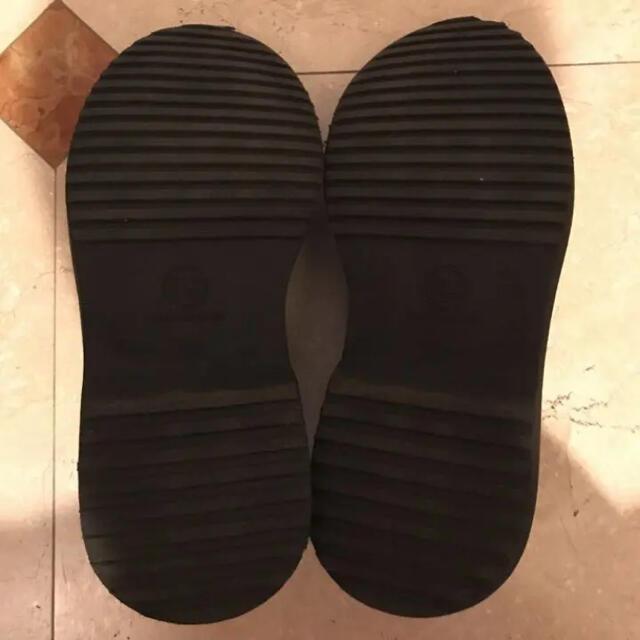 UNDERCOVER(アンダーカバー)のGU × UNDERCOVER ラウンドトゥシューズ ブラック 26cm メンズの靴/シューズ(ドレス/ビジネス)の商品写真
