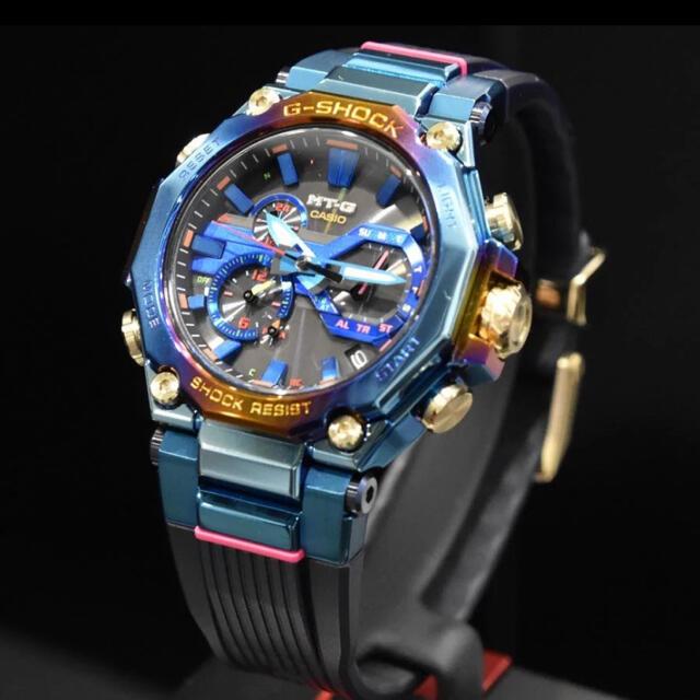 G-SHOCK(ジーショック)の複数可★ブルーフェニックス G-SHOCK MTG-B2000PH-2AJR メンズの時計(腕時計(アナログ))の商品写真