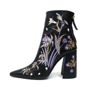 mame - 新品 Mame Kurogouchi 刺繍ブーツ マメクロゴウチ