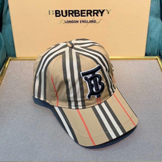Burberry キャップ