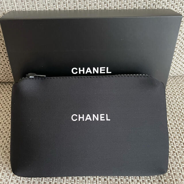 CHANEL(シャネル)のシャネル レディースのファッション小物(ポーチ)の商品写真