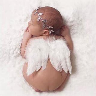 ニューボーンフォト ベビー 赤ちゃん 寝相アート 新生児 天使の羽(フォトフレーム)