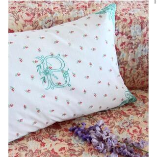 Caramel baby&child  - bonjour diary Cushion Cover