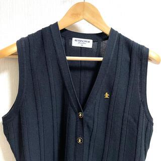 マンシングウェア(Munsingwear)のマンシングウェア グランドスラム ニットベスト ブラック 黒 金ボタン(ウエア)