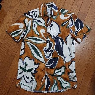 ZARA - 《新品未使用》ZARAザラ 花柄半袖 シャツ