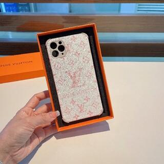 ルイヴィトン(LOUIS VUITTON)のiphone携帯ケース、実物写真、9千円で購入できます(iPhoneケース)