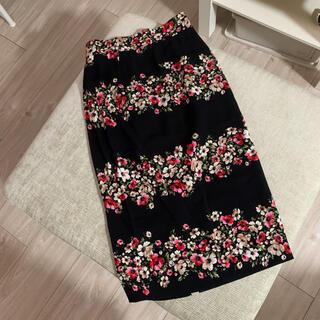 ドルチェアンドガッバーナ(DOLCE&GABBANA)のドルチェ&ガッバーナ 花柄 タイトスカート 36(ひざ丈スカート)
