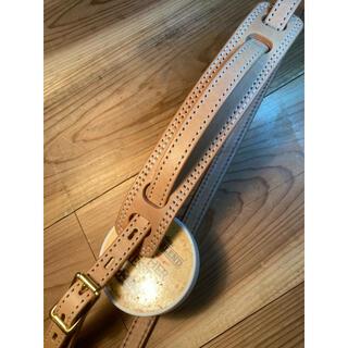ヴィンテージスタイル レザーギターストラップ ヌメ革 真鍮製バックル(ストラップ)