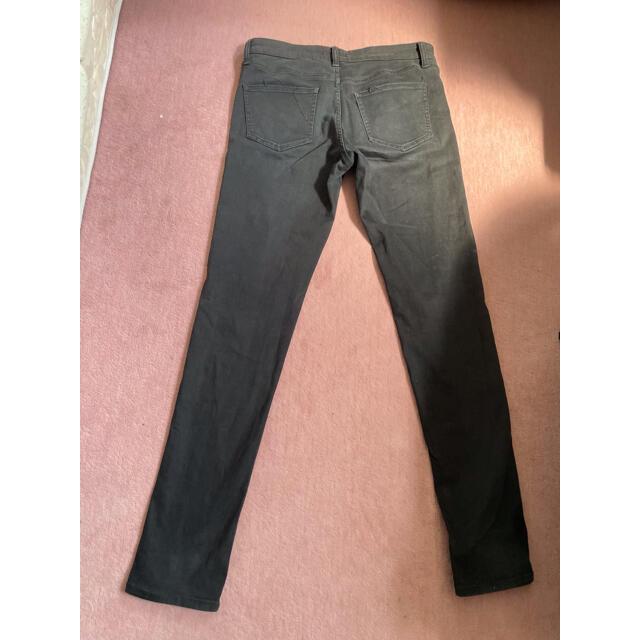 UNIQLO(ユニクロ)のユニクロ スリムフィットチノ ブラック メンズのパンツ(デニム/ジーンズ)の商品写真