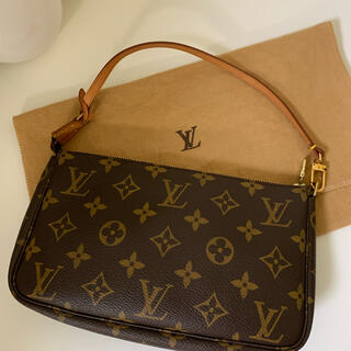 LOUIS VUITTON - ルイヴィトン アクセポーチ