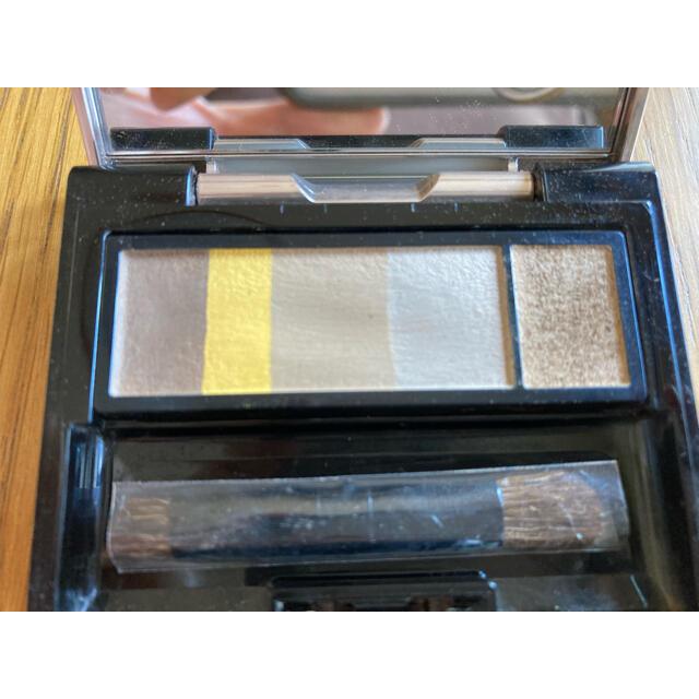 MAQuillAGE(マキアージュ)のマキアージュ アイブロースタイリング3D 70   ハニーブラウン コスメ/美容のベースメイク/化粧品(パウダーアイブロウ)の商品写真