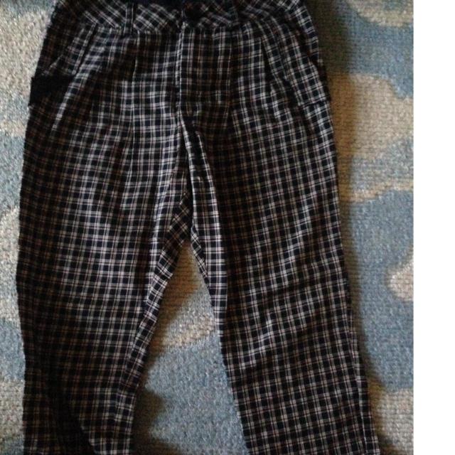 GU(ジーユー)のチェックパンツ レディースのパンツ(チノパン)の商品写真