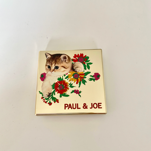 PAUL & JOE(ポールアンドジョー)のポール&ジョー アイカラー リミテッド016 コスメ/美容のベースメイク/化粧品(アイシャドウ)の商品写真