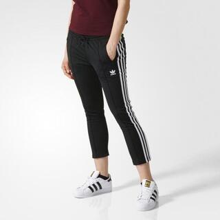 アディダス(adidas)の【新品未使用】 adicolor オリジナルス シガレット パンツ  M(カジュアルパンツ)