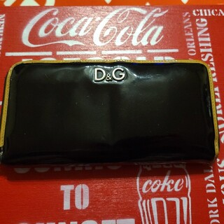 ドルチェアンドガッバーナ(DOLCE&GABBANA)のドルチェ&ガッバーナ エナメル長財布(長財布)