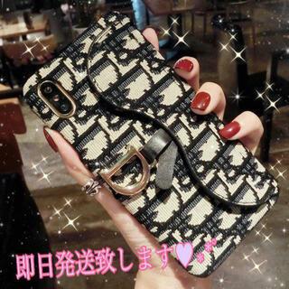 iPhone11ケースブラック 高級感