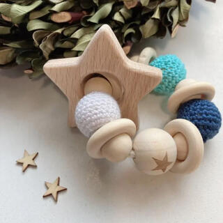 お星さま 歯固めブレスレット ブルー 木製(がらがら/ラトル)