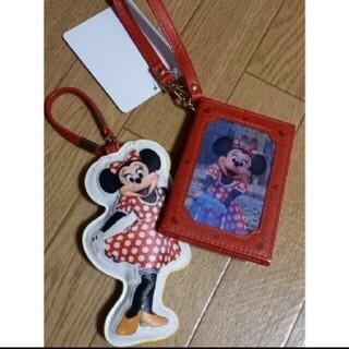 Disney - ミニーマウス 実写 パスケース&バックチャーム