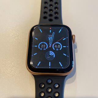 Apple - Apple Watch SE 44mm セルラー ほぼ未使用 100% 長期保証