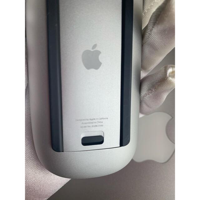 Apple(アップル)の美品[APPLE]MAGICMOUSE MB829J/A スマホ/家電/カメラのPC/タブレット(PC周辺機器)の商品写真