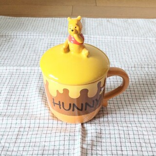 クマノプーサン(くまのプーさん)のくまのプーさん 蓋付きマグカップ(グラス/カップ)
