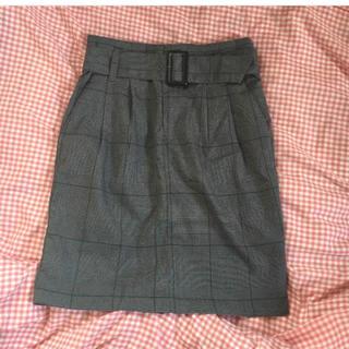 ジーユー(GU)のgu タイトスカート(ひざ丈スカート)