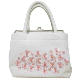 新品送料込み 桜刺繍入り和装バッグ 成人式、卒業式、結婚式に BAG104(ハンドバッグ)