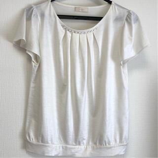 エニィスィス(anySiS)のボリベアビジューカットソー ホワイト anySiS(カットソー(半袖/袖なし))