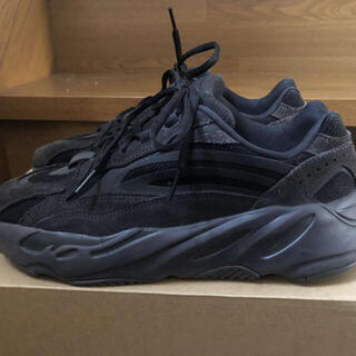 アディダス(adidas)のYeezy Boost 700 V2 Black Vnata 27cm 中古(スニーカー)