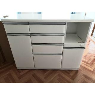 ニトリ - 【美品】食器棚