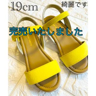 グローバルワーク(GLOBAL WORK)の美品 19cm 黄色の可愛い サンダル グローバルワーク(サンダル)