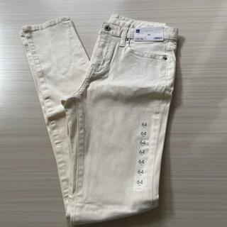 ジーユー(GU)のGU スキニーパンツ64 白(スキニーパンツ)