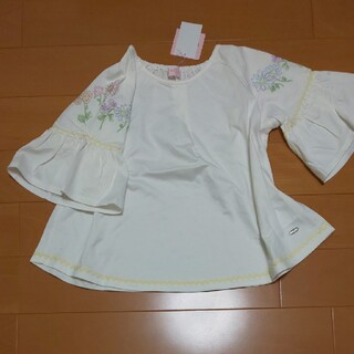メゾピアノ(mezzo piano)のメゾピアノ 130 肩刺繍(Tシャツ/カットソー)