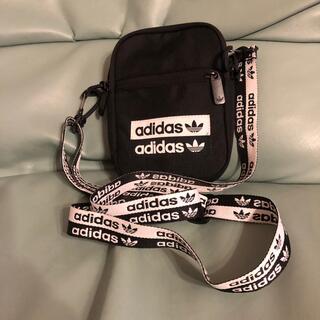 adidas - ミニポシェット アディダス