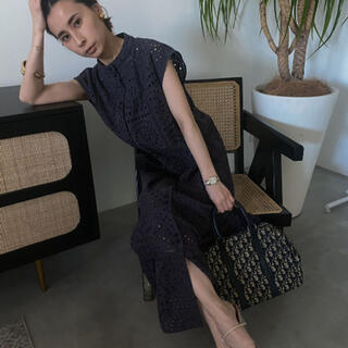 Ameri VINTAGE - ameri EYELET LACE SHIRT DRESS