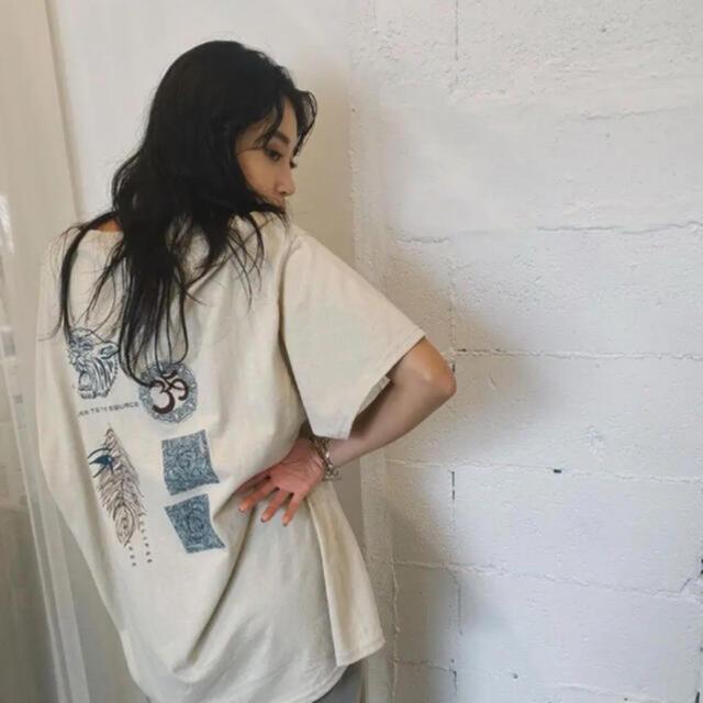 ALEXIA STAM(アリシアスタン)のjuemi/Tシャツ レディースのトップス(Tシャツ(半袖/袖なし))の商品写真