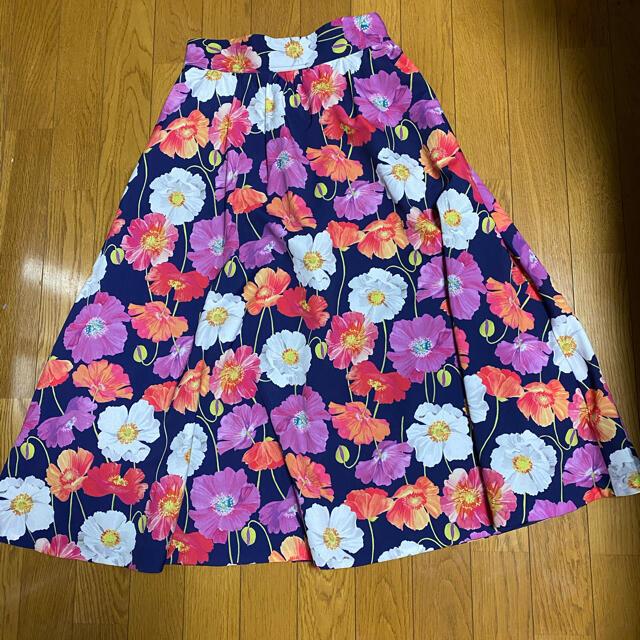 And Couture(アンドクチュール)のりんりん様専用 アンドクチュール 花柄スカート レディースのスカート(ひざ丈スカート)の商品写真