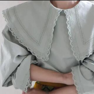 ロキエ(Lochie)のビッグカラー フリル襟 ブラウス nudevintage(シャツ/ブラウス(長袖/七分))