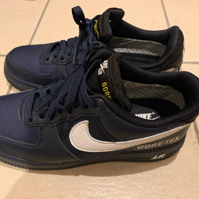 NIKE(ナイキ)のナイキエアフォース1 ゴアテックスGTX ネイビー  美中古品✨ メンズの靴/シューズ(スニーカー)の商品写真