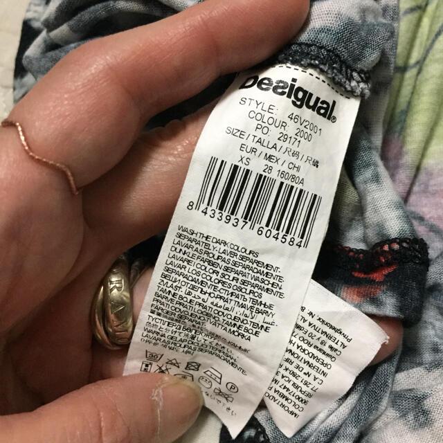 DESIGUAL(デシグアル)の専用!デシグアルワンピース 袖なし レディースのワンピース(ひざ丈ワンピース)の商品写真