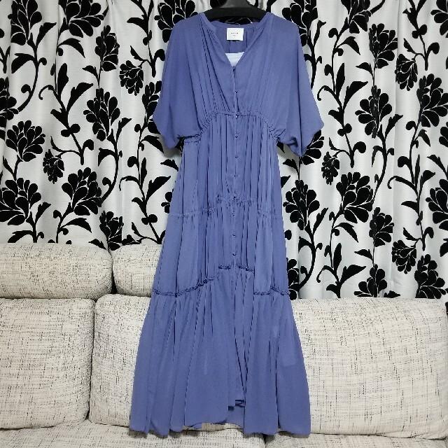 Ameri VINTAGE(アメリヴィンテージ)のAMERI SHEER TIERED DRESS レディースのワンピース(ロングワンピース/マキシワンピース)の商品写真