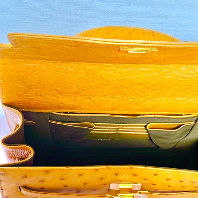 本革オーストリッチレディースハンドバッグ レディースのバッグ(ハンドバッグ)の商品写真