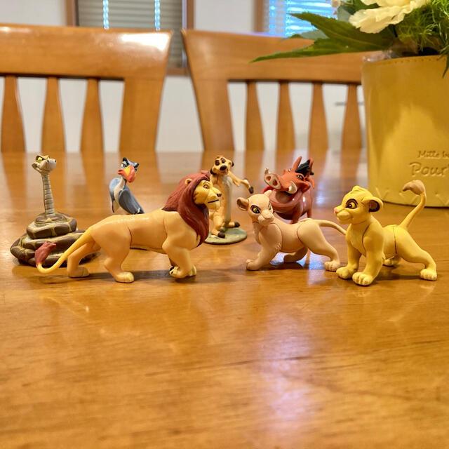 Disney(ディズニー)の☆haruka様専用☆ ライオンキング ディズニー チョコエッグ エンタメ/ホビーのおもちゃ/ぬいぐるみ(キャラクターグッズ)の商品写真