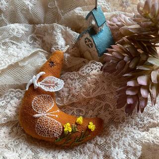 ミナペルホネン(mina perhonen)のハンドメイド 森に住む小鳥ちゃん ミナペルホネン(バッグチャーム)