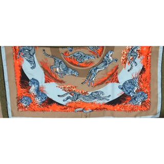 エルメス(Hermes)のHERMES パンサー柄シルクスカーフ(バンダナ/スカーフ)